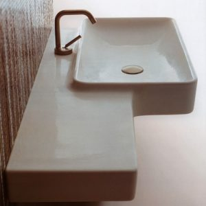 Flow 03 Wall Basin