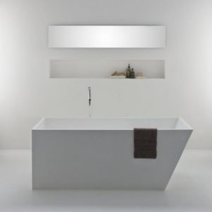 Latis Bath 1600 x 750