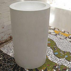 Cylinder Freestanding