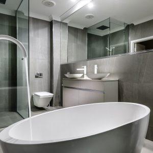 Mojo Oval Bath 1800